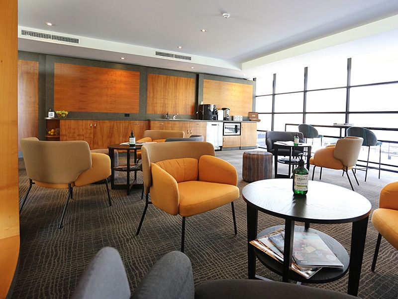 gall-business-lounge-2.jpg